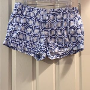 Old Navy pattern shorts size 12 White and Blue